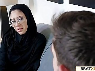 Tiny Muslim Teen Lives The Anal Dream