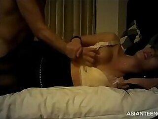 (amateur) Asian prostitute captured on camera