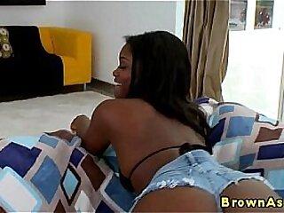 Perfect ebony booty babe gets a facial