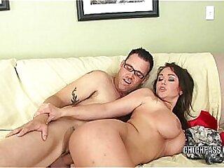 Brunette hottie Chloe Reece Ryder is getting fucked